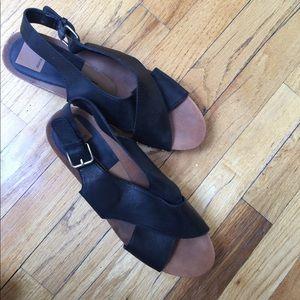 Dolce Vita Platform Sandal Size 9